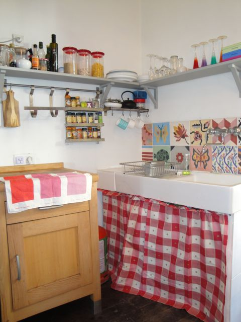 Kitchen%20sink%20pic.jpg