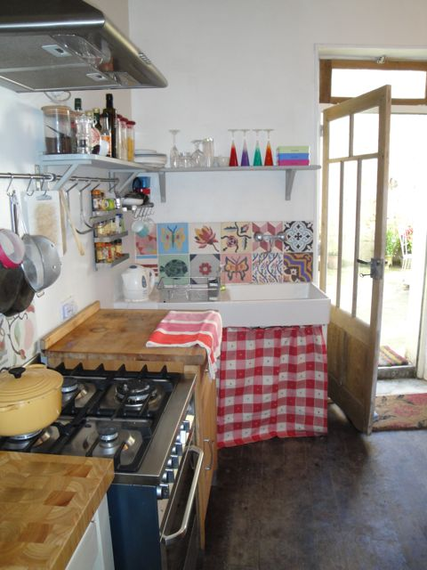 kitchen%20resized.jpg